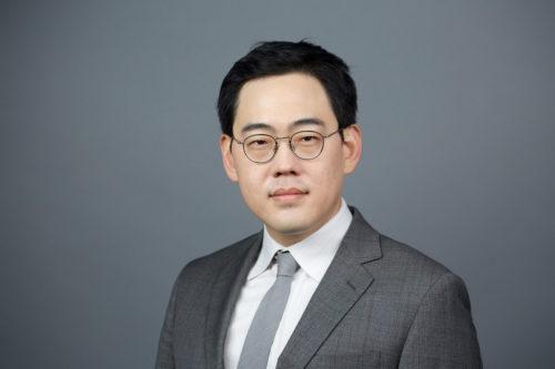 Dr Jin Yoo